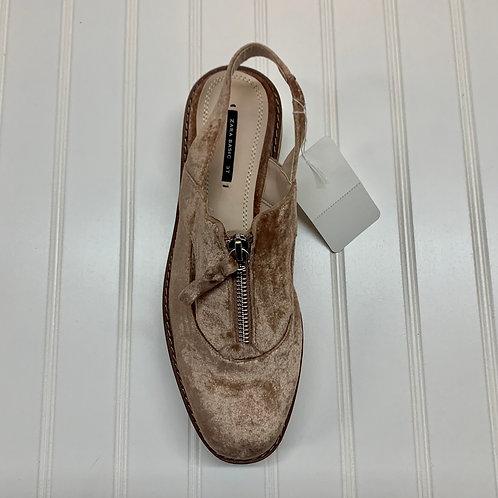 Zara Basic Size 7