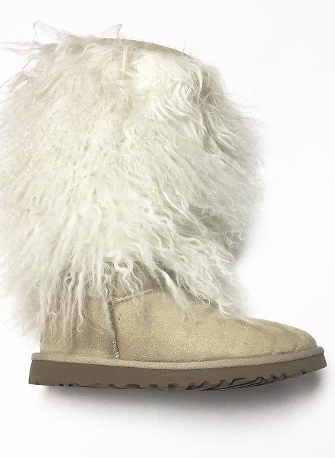 UGG Sheepskin Boots Size 6