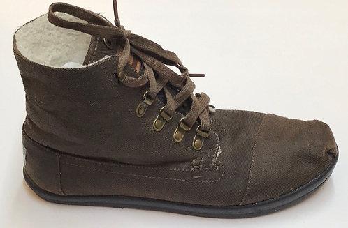Toms Shoes Size 10