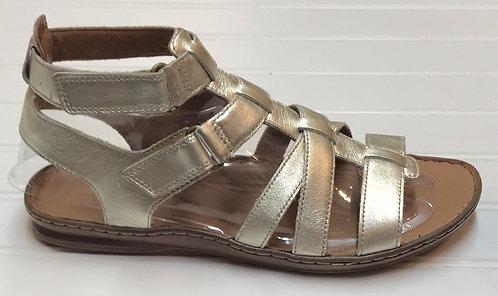 Clarks Sandals NWOT Size 7
