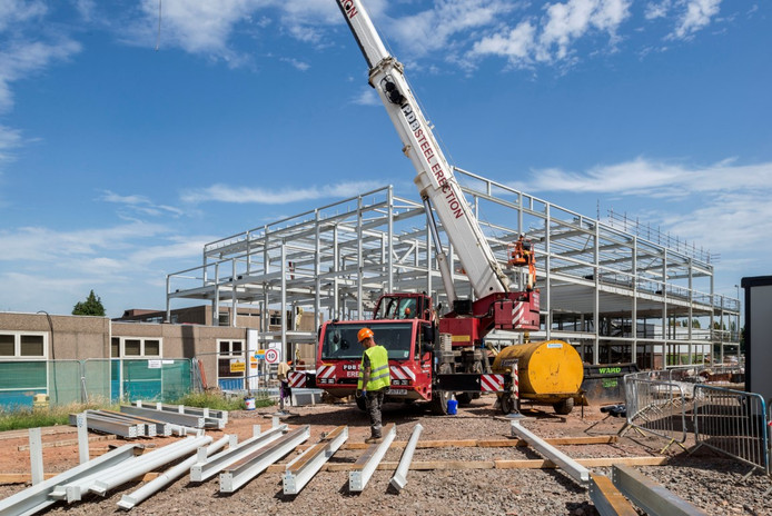 Glossopdale Community College (Steelwork) 6 of 7-Me