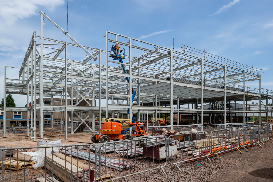Glossopdale Community College (Steelwork) 1 of 7