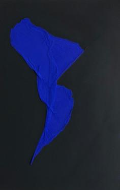Figure in Ultramarine Blue on Absolute Black 02