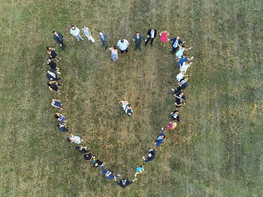 photo mariage en coeur en drone.JPG