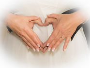 coeur fait main mariés
