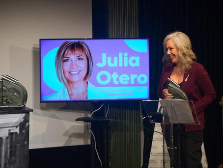 Entrevista a Raquel Martos: recoge el IX Premio Estatal de Trabajo Social en nombre de Julia Otero.