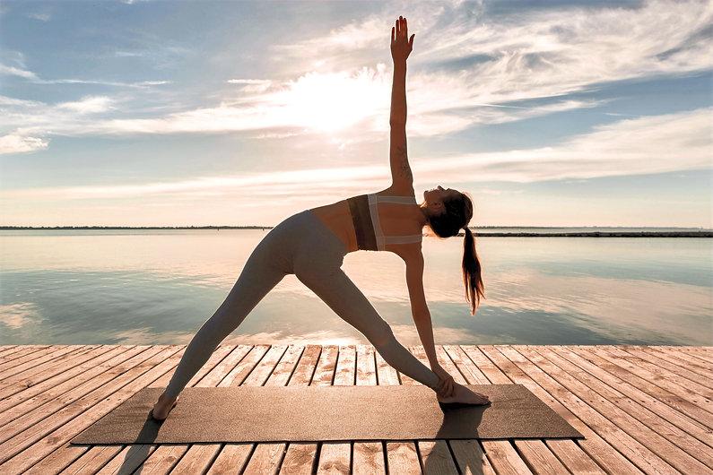 om&thrive_yoga by the sea.jpg