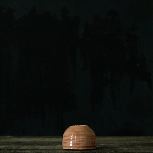 Dusty Poppy Pot