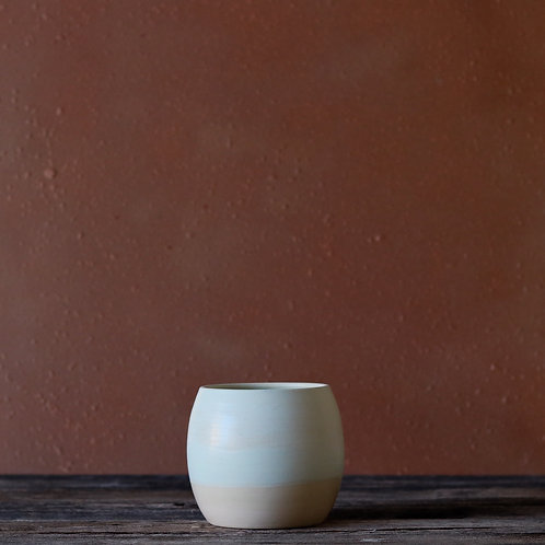 Light Sea Foam Pot