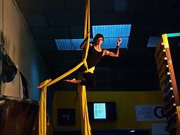 Curso de Telas Aéreas modalidad de circo en Bulder QNK