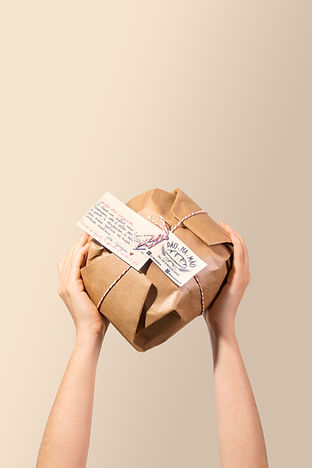 Pão na mão embalado.jpg