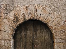 door-1128254_1920