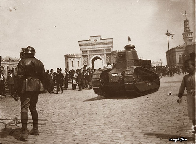 French Tanks in Istanbul