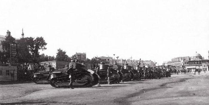 french tanks 3.jpg