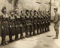 Russian female soldiers ww2.jpg