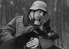 German-soldier-and-dog.jpg