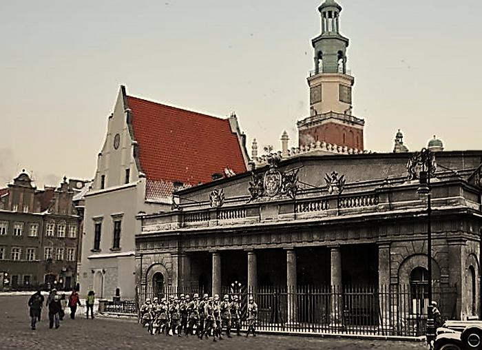 Than & Now Poznan, Market Square. WW2 Pr