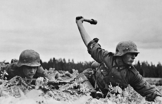 German_troops_in_Russia,_1941_-_NARA_-_5