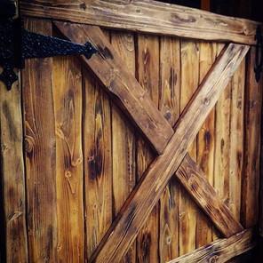 doggy gate- an elegant, rustic, beautifu