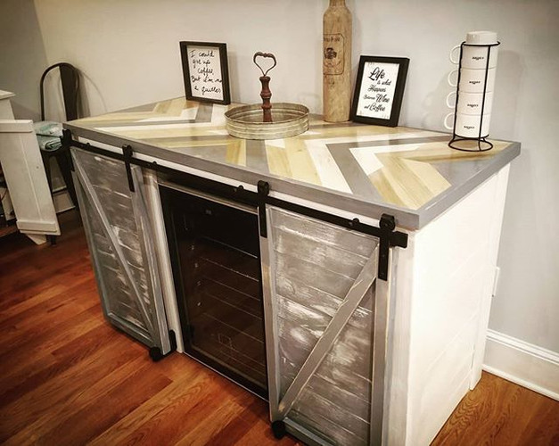 ➶➶➶➶➶Modern farmhouse style wine bar ➷➷➷