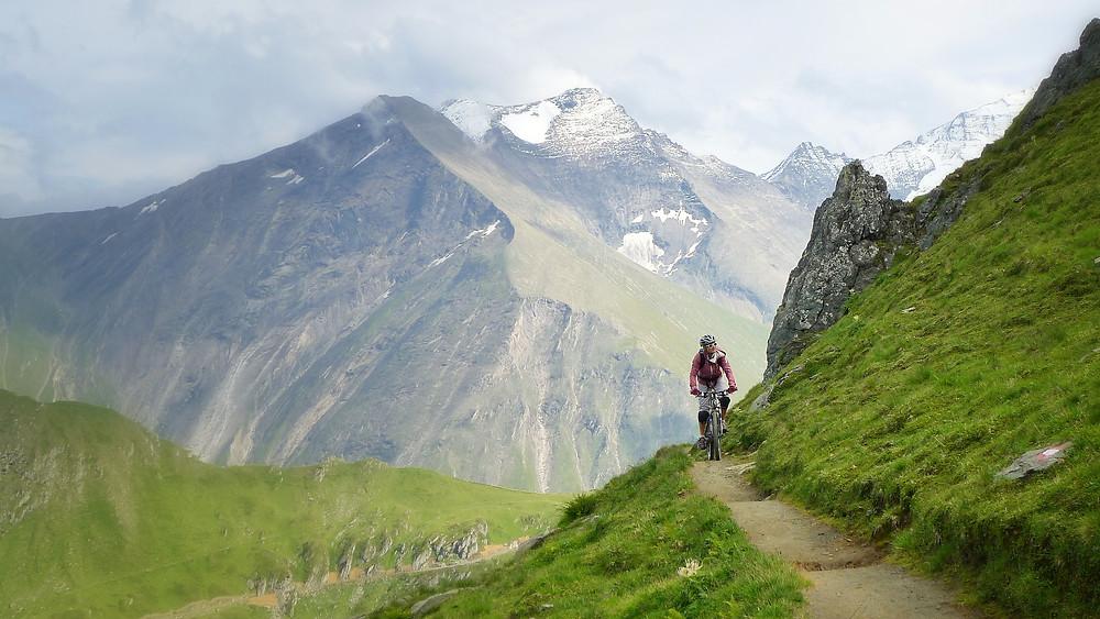 Radfahren gegen Rückenschmerzen