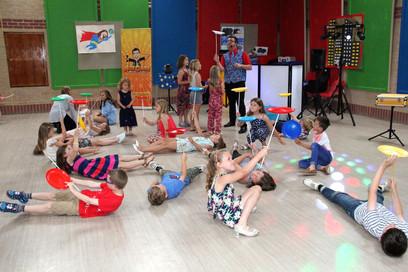 childrens entertainer west sussex (23).j