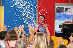 childrens entertainer west sussex (12).j