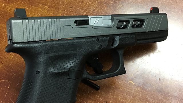 Custom slide work on Glock 19 with _zevtech Barrel and _ameriglosights Sights