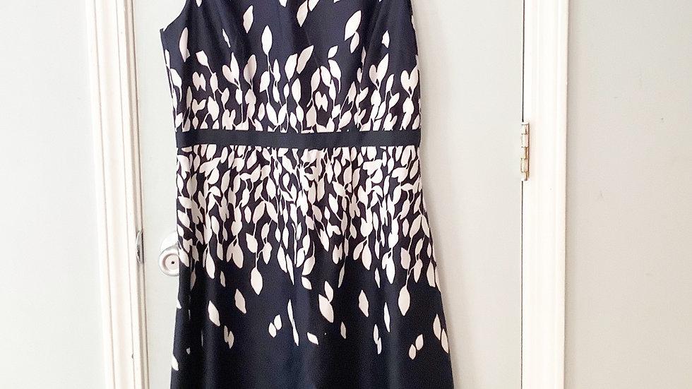 Ann Taylor Loft Navy White Sheath Dress Size 10