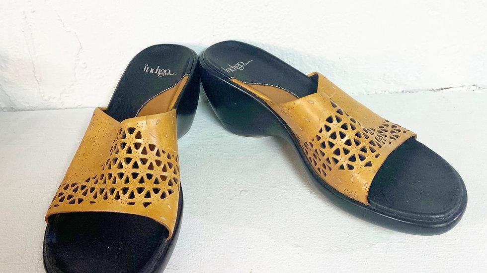 Clarks Indigo Leather Wedge Size 6