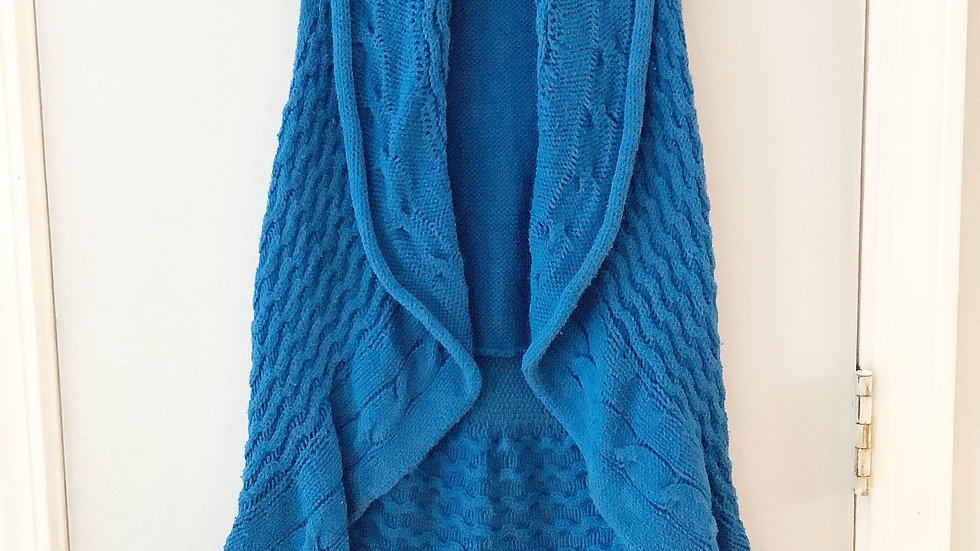 Pure Handknit Sweater Blue Size M/L