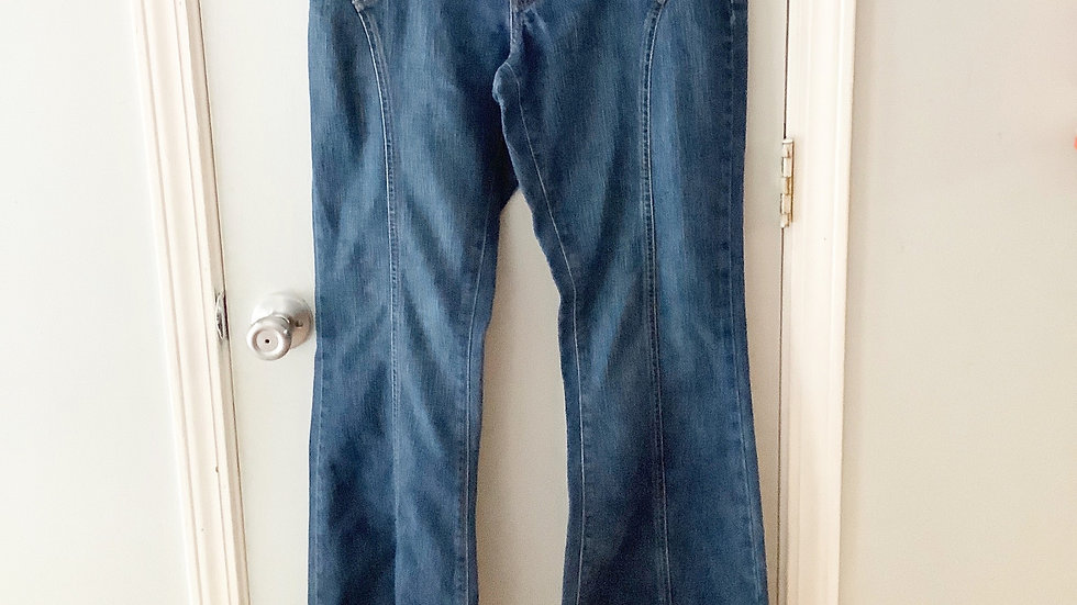 American Eagle Flare Jeans Size 8