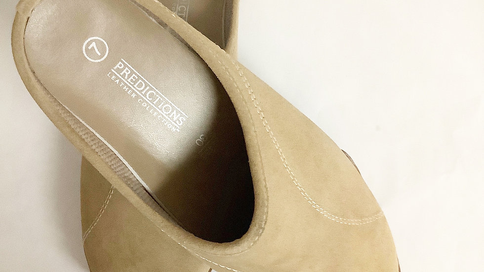 Predictions Tan Leather Mule Size 7