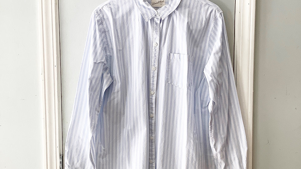 Universal Thread Striped Button Up Top Size L