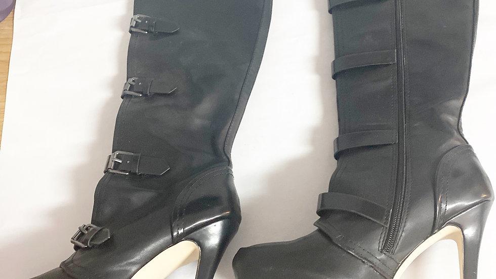 Luxe Jordyn 5 inch Heel Boot Size 8