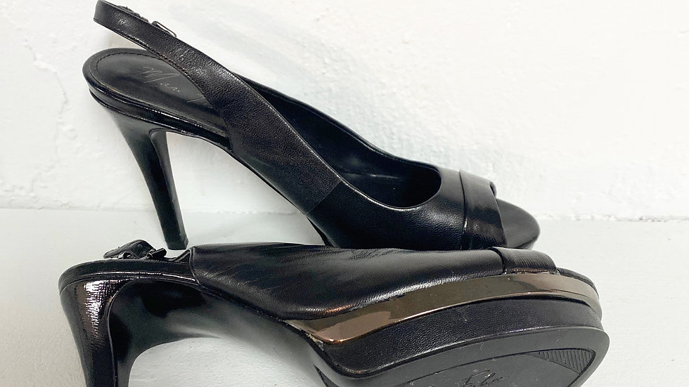 NEW Marc Fisher Black Heel Size 8