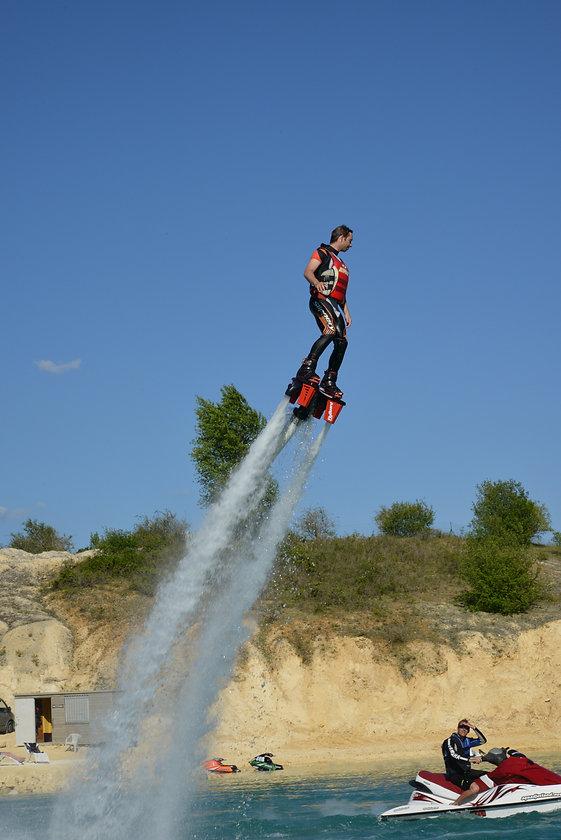 flyboard-vertical.jpg