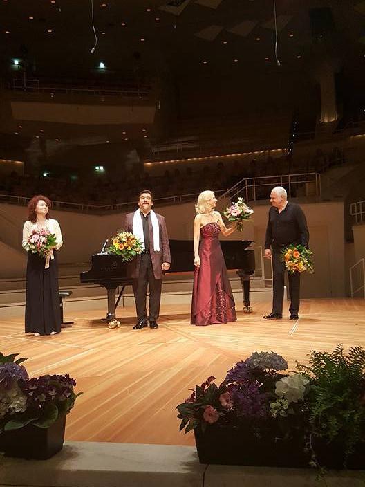 In Berliner Philharmonie mit Eva Lind und German Tenors