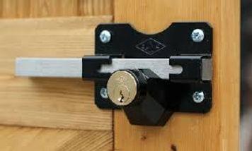 double sided gate lock.jpg