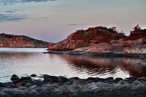 svensk skærgård i solnedgang