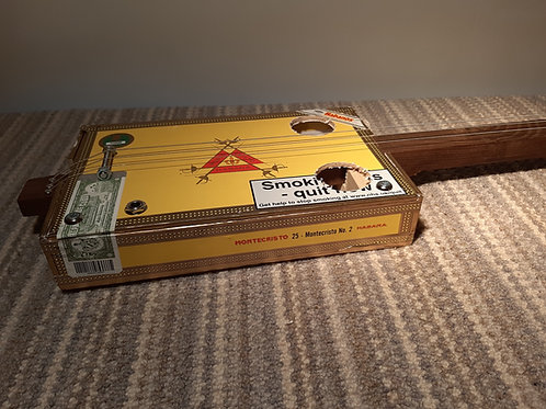 Monte Cristo box - dark wood neck, slide with Piezo Pickup