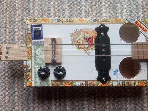 Romeo y Julieta Cigar Box - fretted, pickup