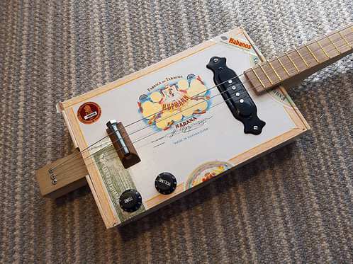 H Upmann fretted with single coil pickup