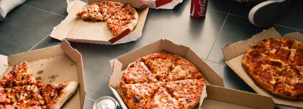 Strategy-Pizza Hut & Papa Johns