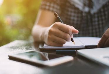 ¿Conoces las manías, supersticiones y rarezas de los escritores?