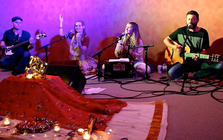 kirtan and Qi Yoga