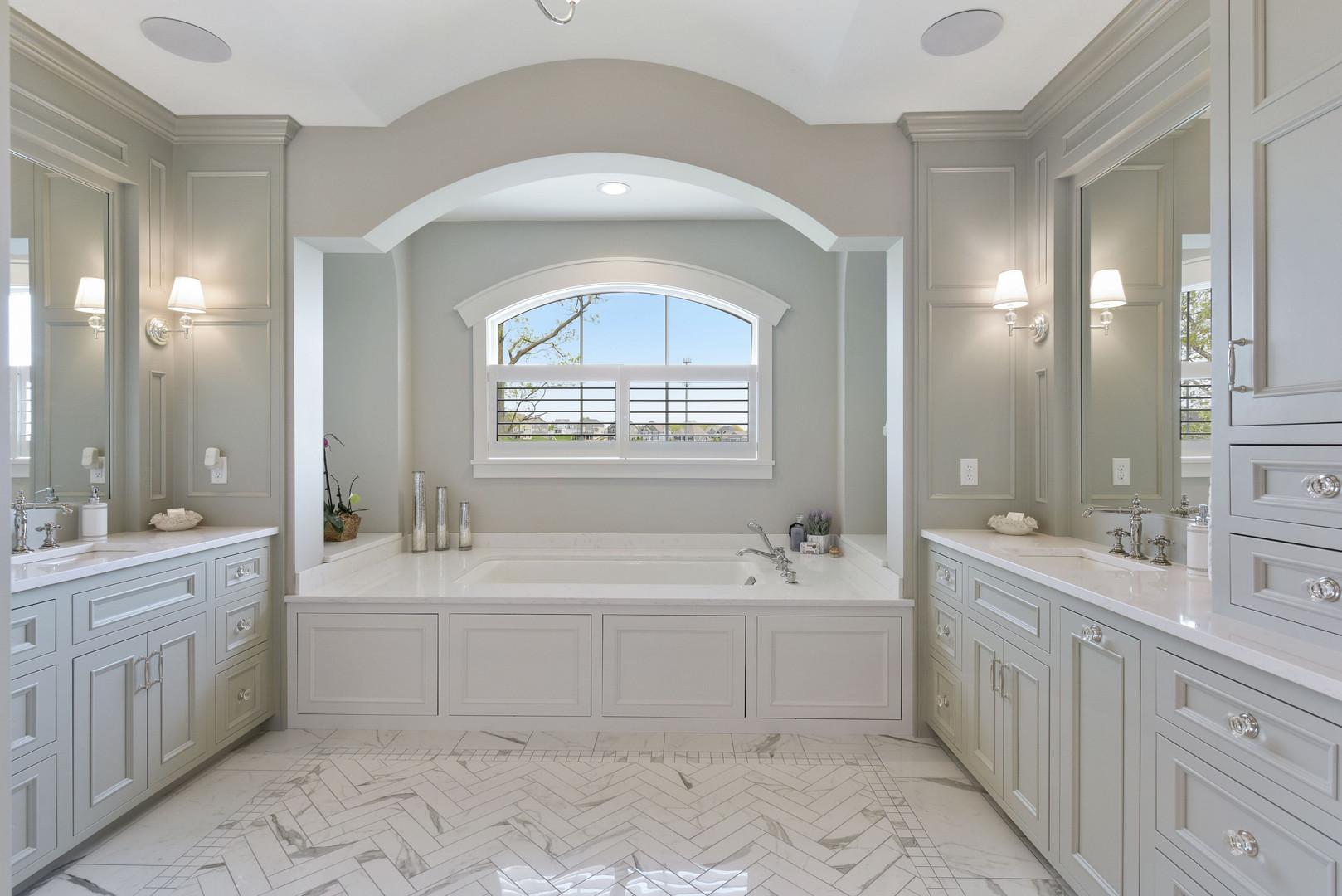 bathroom_slider1.jpg
