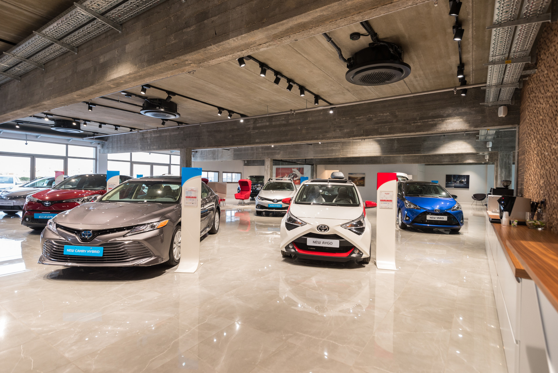 TOYOTA Showroom Nesher