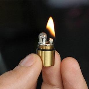 Mini Feuerzeug mit Schlüsselanhänger