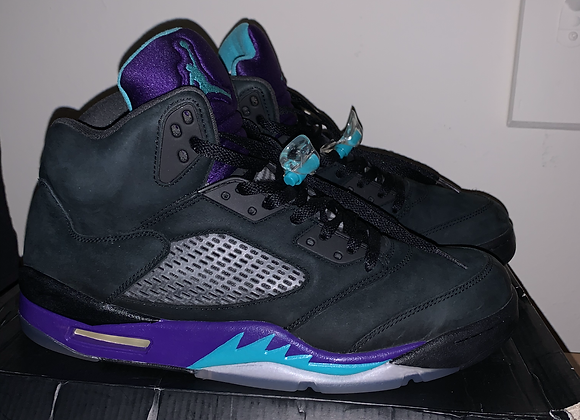 black grape Jordan 5s/ used